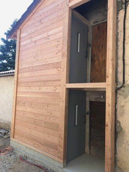 Installation d'un élévateur  privatif à Lamure sur Azergues dans le Rhône